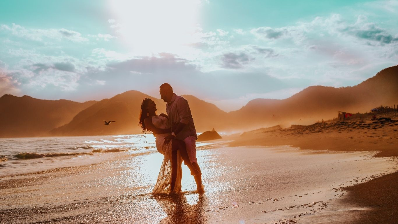 How can UAE residents get married in Seychelles_