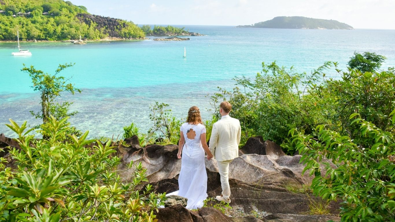What-do-UAE-residents-need-to-know-to-get-married-in-Seychelles-during-COVID19 / Going to get your wedding certificate in Seychelles?